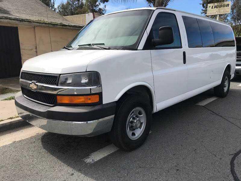 Chevrolet Express 2009 $5700.00 incacar.com
