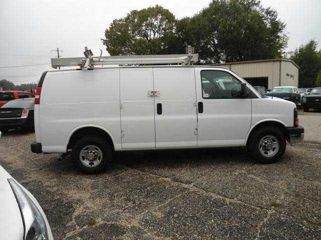 Chevrolet Express 2011 $8450.00 incacar.com