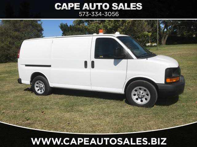 Chevrolet Express 2011 $13900.00 incacar.com