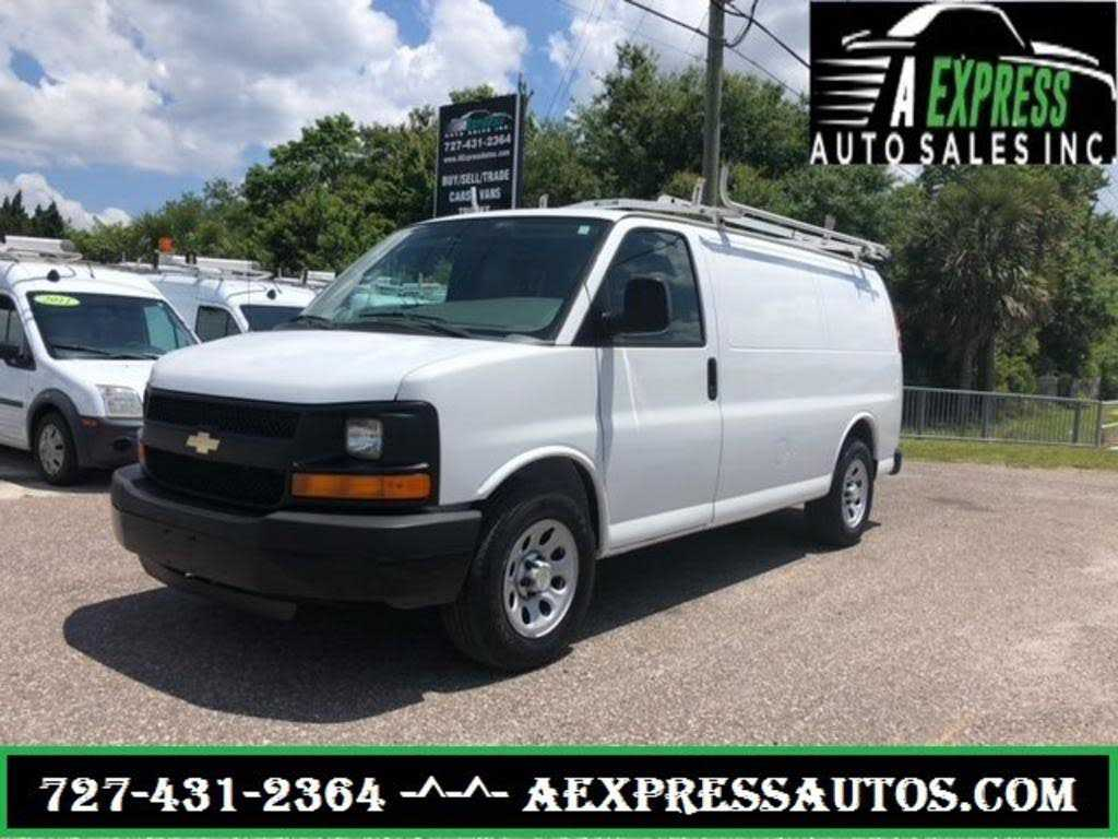 Chevrolet Express 2011 $7900.00 incacar.com