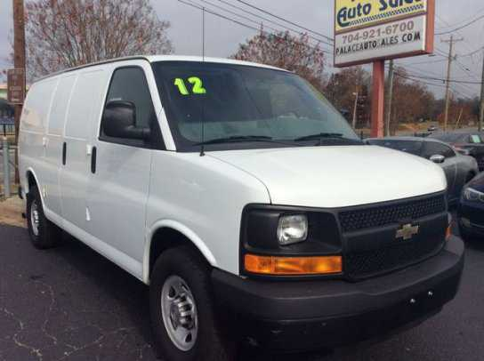 Chevrolet Express 2012 $9999.00 incacar.com