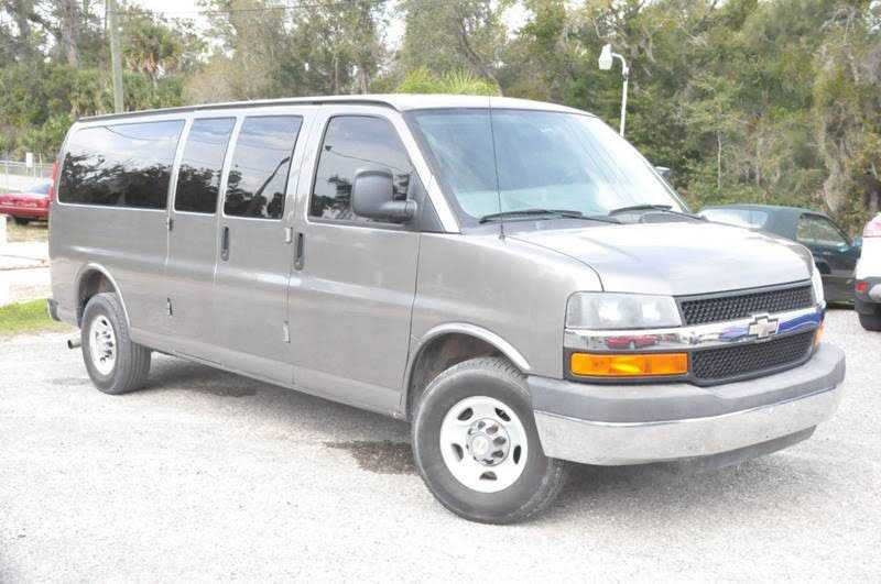 Chevrolet Express 2013 $15850.00 incacar.com