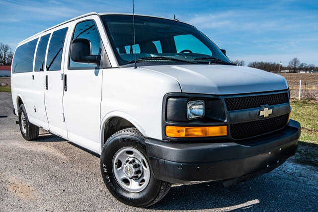 Chevrolet Express 2013 $8990.00 incacar.com