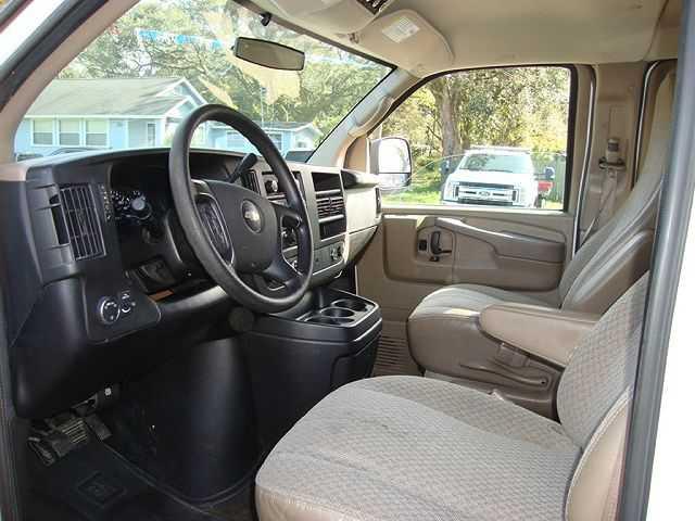 Chevrolet Express 2013 $7885.00 incacar.com