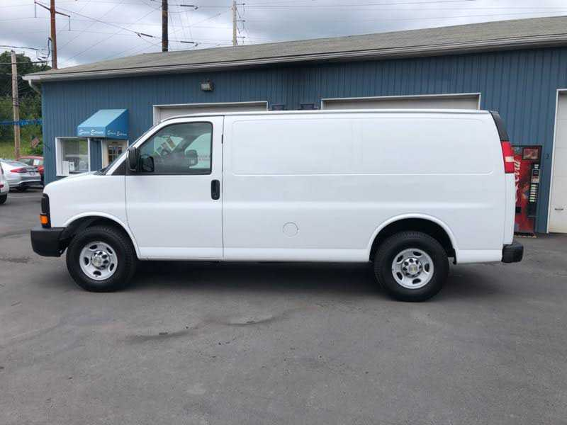 Chevrolet Express 2014 $15995.00 incacar.com