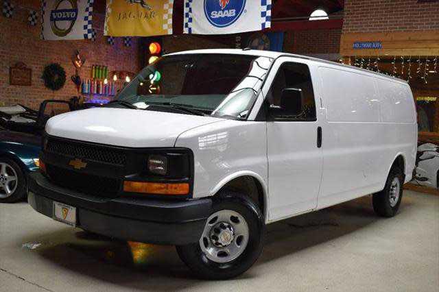 Chevrolet Express 2014 $8985.00 incacar.com
