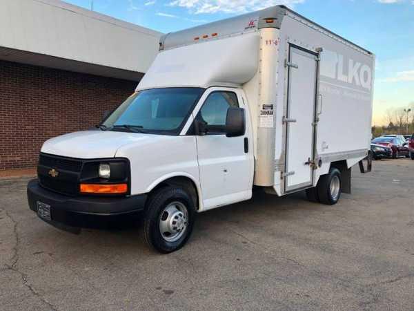 Chevrolet Express 2015 $8995.00 incacar.com