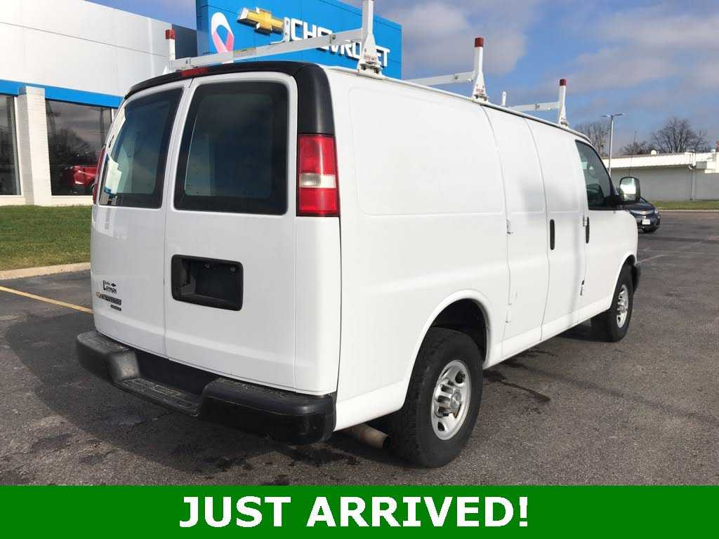 Chevrolet Express 2015 $11000.00 incacar.com
