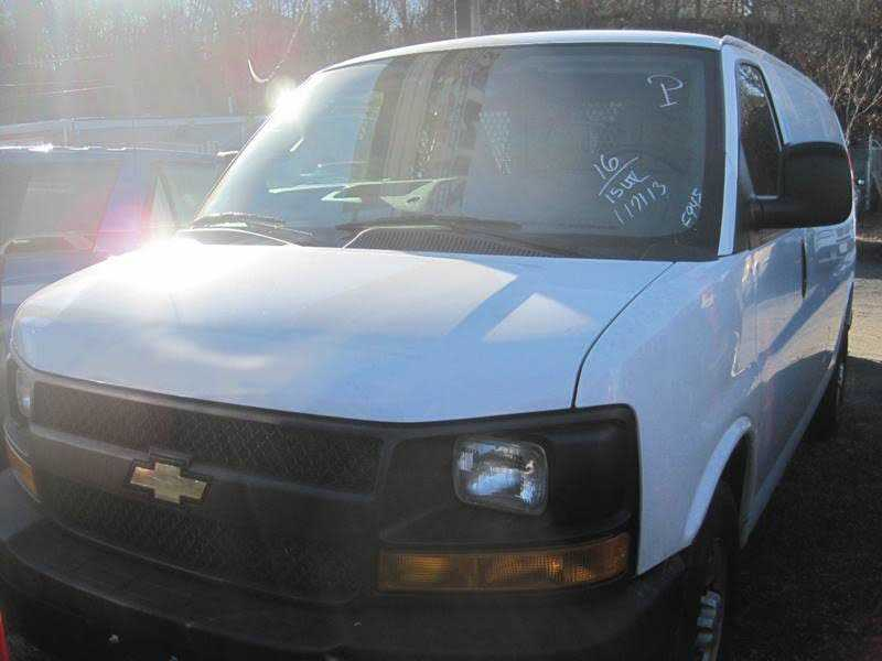 Chevrolet Express 2016 $15999.00 incacar.com