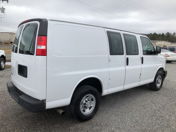 Chevrolet Express 2017 $15700.00 incacar.com