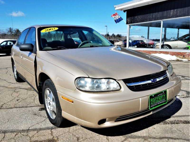 used Chevrolet Malibu 2002 vin: 1G1ND52J92M606978