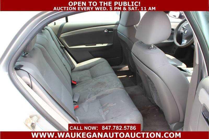 Chevrolet Malibu 2010 $1950.00 incacar.com