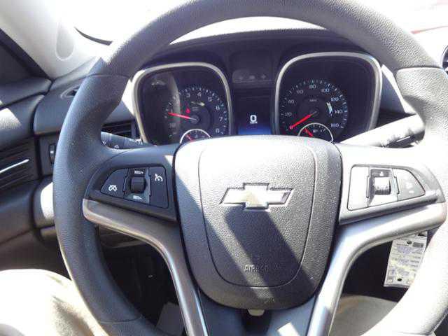 used Chevrolet Malibu 2015 vin: 1G11C5SL5FF107298