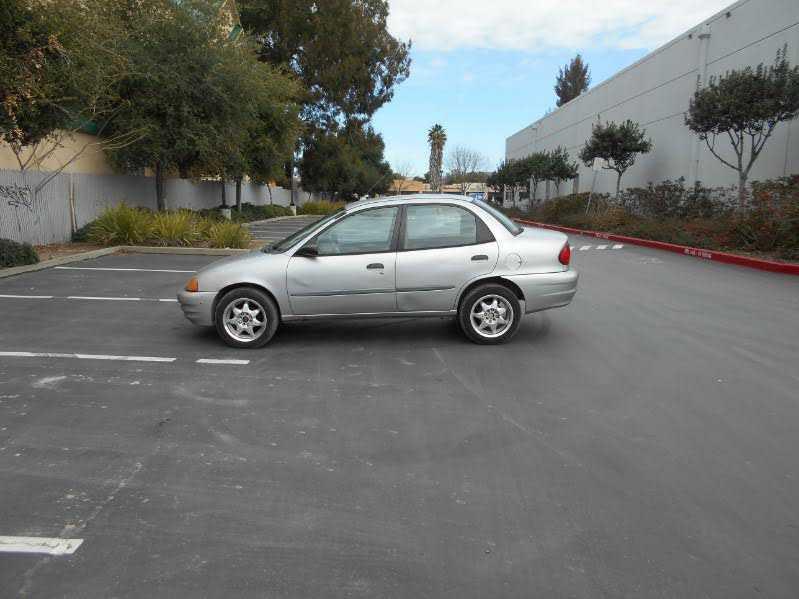 Chevrolet Metro 2001 $1995.00 incacar.com