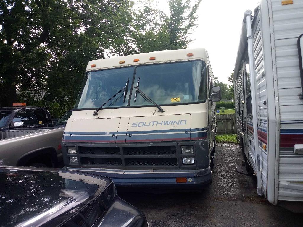 used Chevrolet P30 1984 vin: 1GBJP37W3E3346470