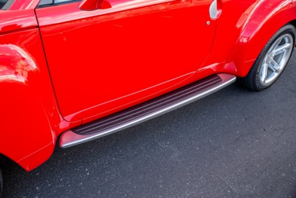 Chevrolet SSR 2004 $29999.00 incacar.com