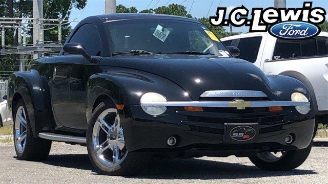 Chevrolet SSR 2004 $22222.00 incacar.com