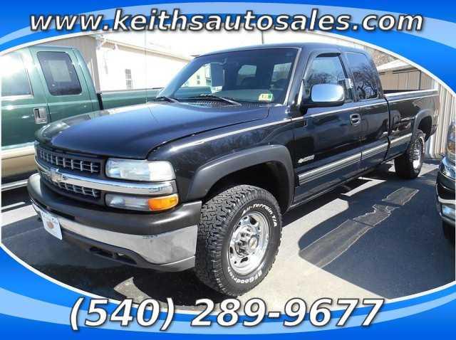 Chevrolet Silverado 1999 $15900.00 incacar.com