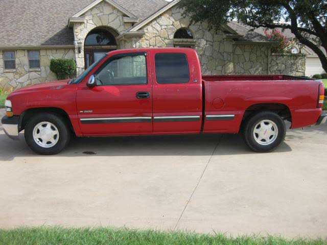 Chevrolet Silverado 1999 $3495.00 incacar.com
