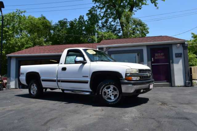 Chevrolet Silverado 2000 $5995.00 incacar.com