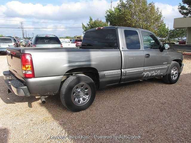 Chevrolet Silverado 2001 $2995.00 incacar.com