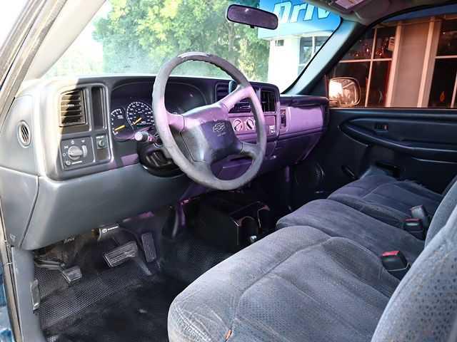 Chevrolet Silverado 2001 $995.00 incacar.com
