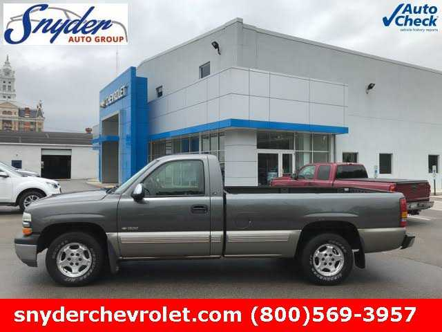 Chevrolet Silverado 2002 $2999.00 incacar.com