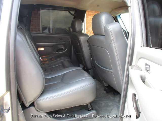 Chevrolet Silverado 2003 $6495.00 incacar.com