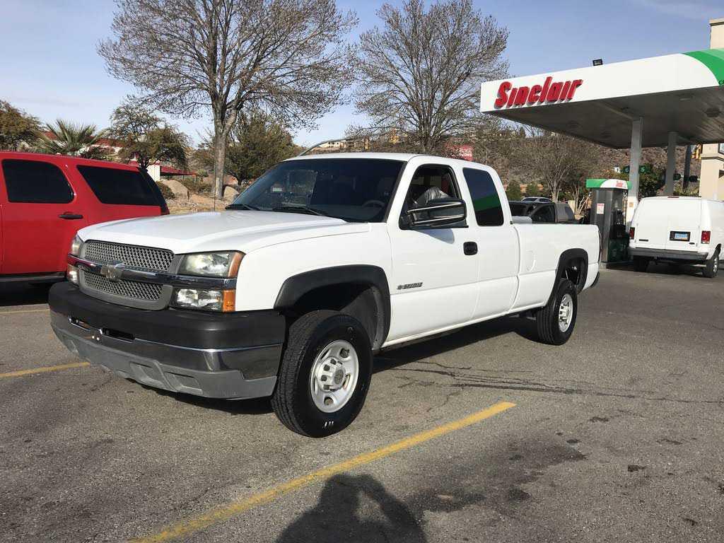 Chevrolet Silverado 2003 $8895.00 incacar.com