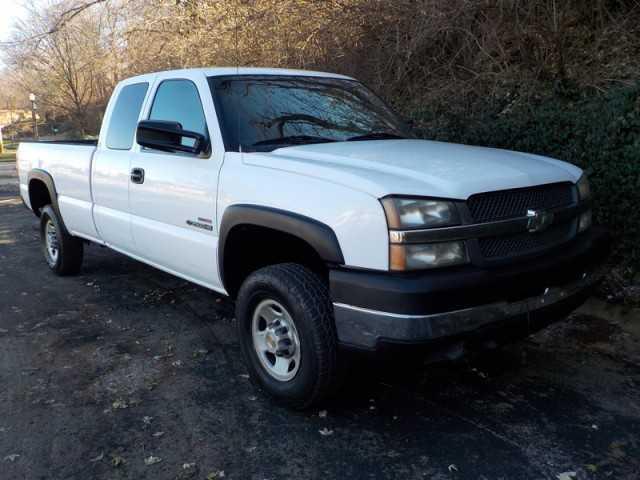 Chevrolet Silverado 2004 $5900.00 incacar.com