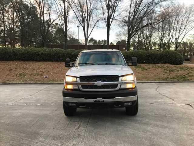 Chevrolet Silverado 2004 $11900.00 incacar.com