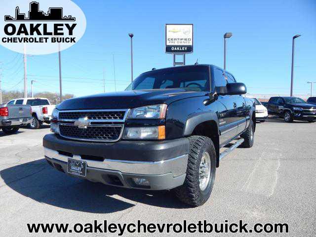 Chevrolet Silverado 2005 $18995.00 incacar.com