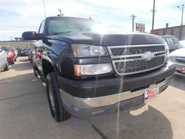 Chevrolet Silverado 2005 $9995.00 incacar.com