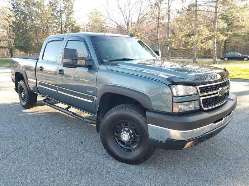 Chevrolet Silverado 2007 $14900.00 incacar.com