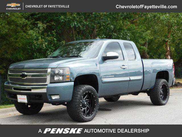 Chevrolet Silverado 2009 $8991.00 incacar.com