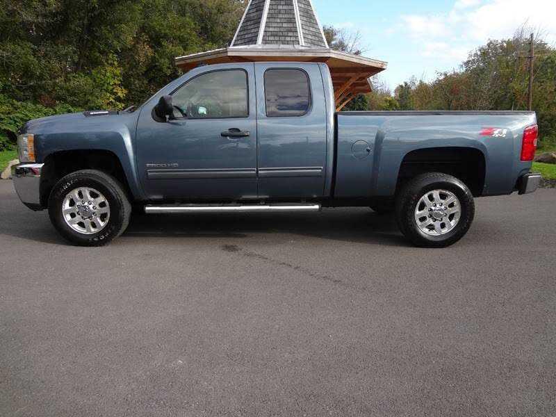 Chevrolet Silverado 2011 $15900.00 incacar.com