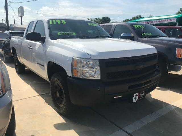 Chevrolet Silverado 2011 $10000.00 incacar.com