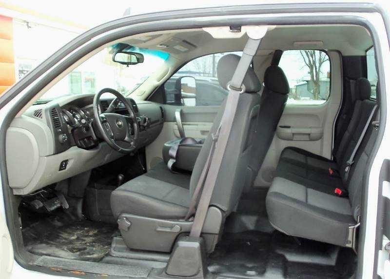 Chevrolet Silverado 2012 $12995.00 incacar.com