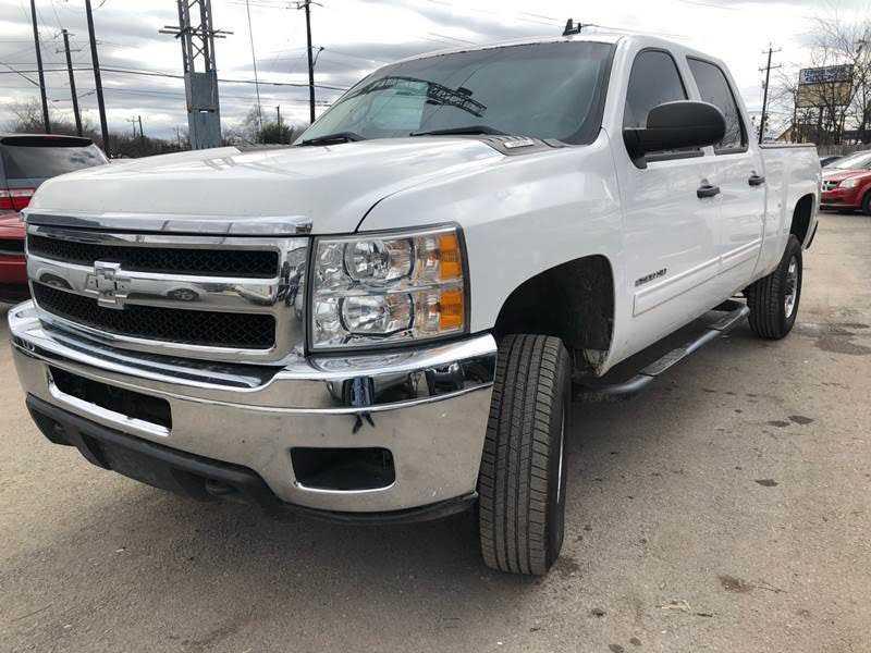 Chevrolet Silverado 2013 $14995.00 incacar.com
