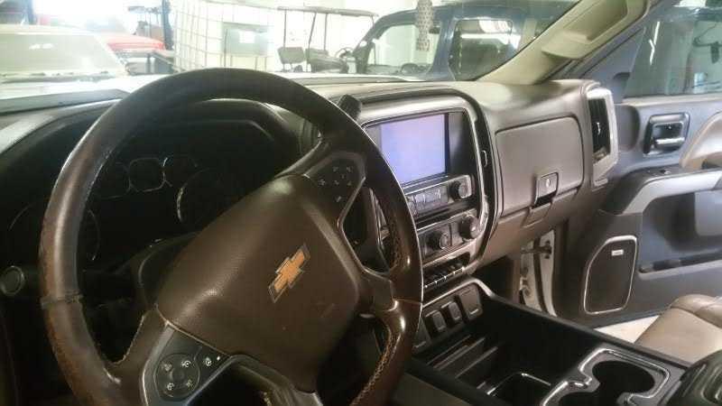 Chevrolet Silverado 2015 $39900.00 incacar.com