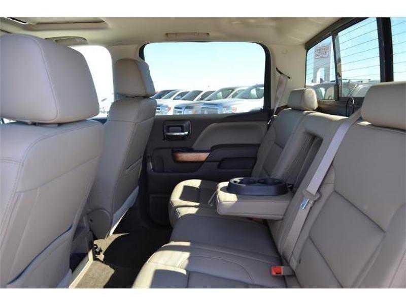 Chevrolet Silverado 2016 $36950.00 incacar.com