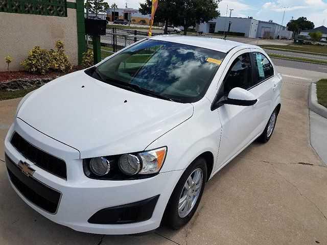 used Chevrolet Sonic 2012 vin: 1G1JC5SH8C4104267