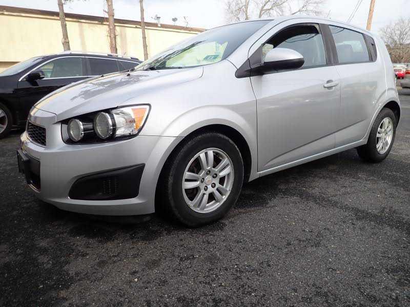 Chevrolet Sonic 2012 $4400.00 incacar.com
