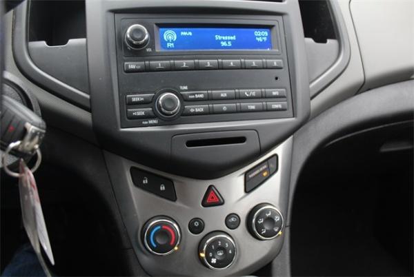 Chevrolet Sonic 2013 $3936.00 incacar.com