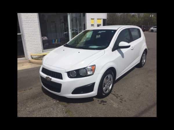Chevrolet Sonic 2013 $4895.00 incacar.com
