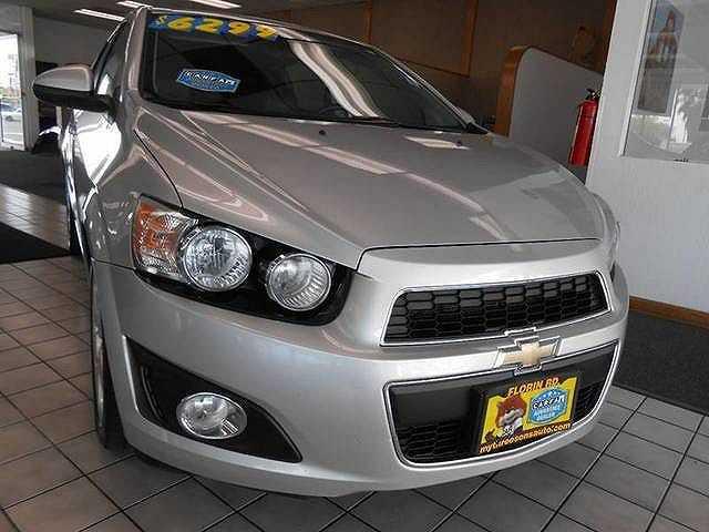 Chevrolet Sonic 2013 $5799.00 incacar.com