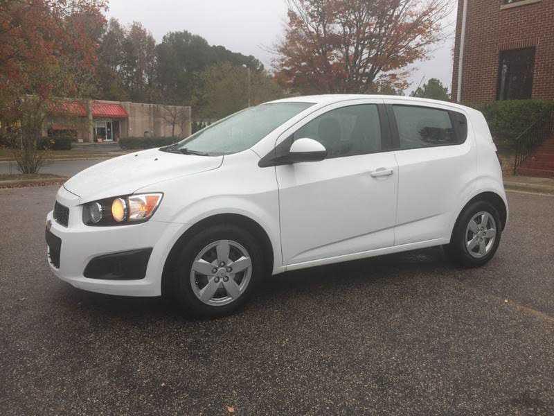 Chevrolet Sonic 2013 $4990.00 incacar.com