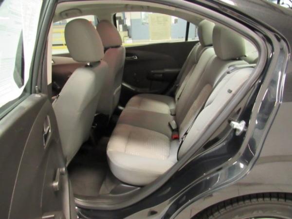 Chevrolet Sonic 2014 $7393.00 incacar.com