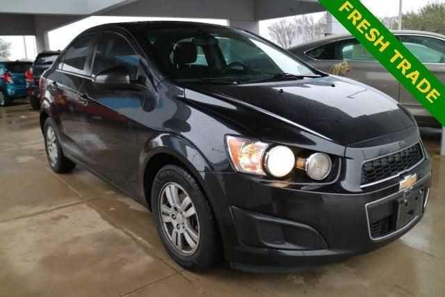 Chevrolet Sonic 2014 $3750.00 incacar.com