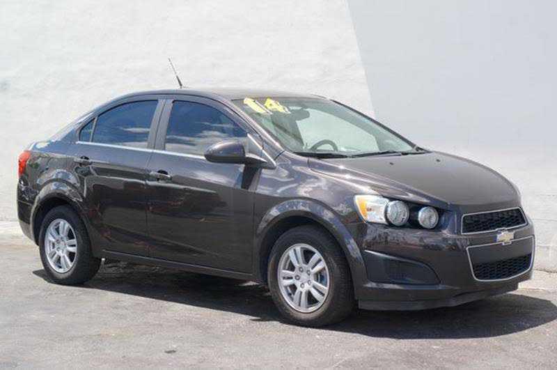 used Chevrolet Sonic 2014 vin: 1G1JC5SH5E4197381